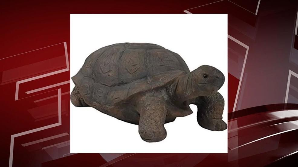Turtle statues reported stolen from Uncle Mike's Bakery