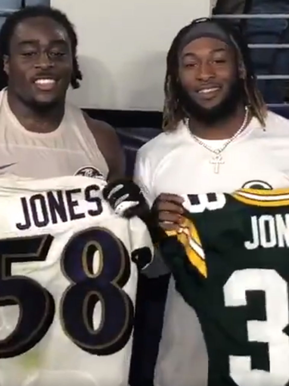 Jones Shares Moment With Twin Ravens Wluk
